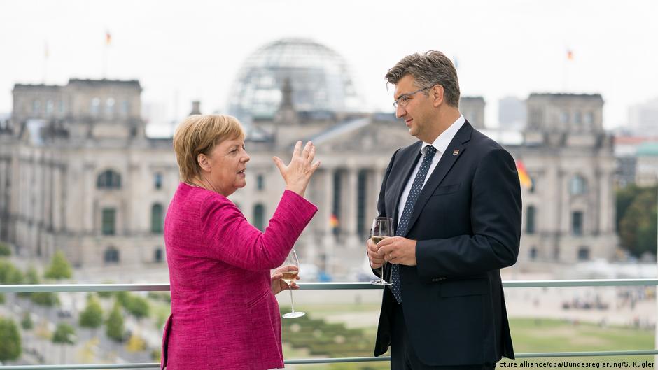 Merkel në Kroaci  Fushatë tek roja e kufirit të jashtëm të BE
