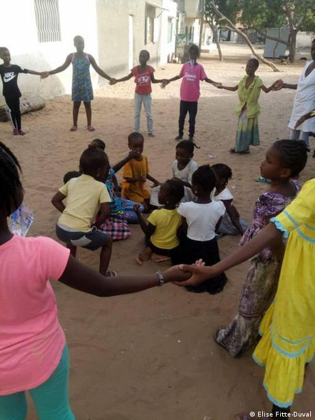 Afrika'da kadın başına çocuk sayısı dörde yükseliyor.