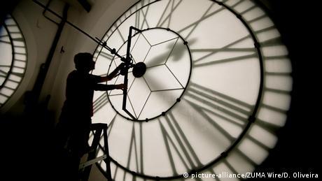 Єврокомісія пропонує востаннє перевести годинники в ЄС у 2019 році