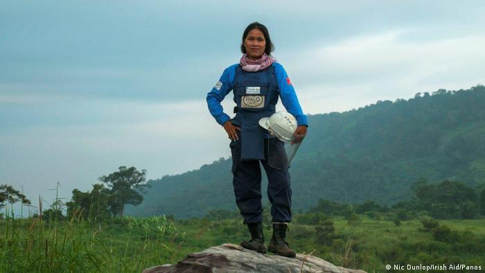 Kambodscha Reportage Minenräumerin Srey Yen