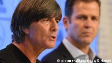 Deutschland Präsentation der Analyse zur Fußball-WM | Joachim Löw und Oliver Bierhoff