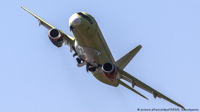 Самолет Sukhoi Superjet SSJ 100