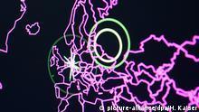 20.06.2018, Nordrhein-Westfalen, Bonn: Eine Bildschirm zeigt im Cyber Defense Center der Telekom während einer Pressekonferenz zur Cyber-Sicherheit anlässlich der Messe Security Essen mögliche Ziele von Angreifern. Foto: Henning Kaiser/dpa | Verwendung weltweit