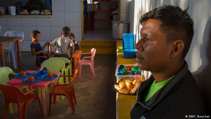 Café da manhã oferecido aos venezuelanos