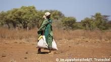 Nomaden in Nordkenia. Teremukus, Kenia. 03.02.2012. Nomadic people in North Kenia. Songot, Kenia. 03.02.2012 . Teremukus Kenia PUBLICATIONxINxGERxSUIxAUTxONLY Copyright: xThomasxTrutschelx Nomads in Northern Kenya Kenya 03 02 2012 NOMADIC Celebrities in North Kenya Kenya 03 02 2012 Kenya PUBLICATIONxINxGERxSUIxAUTxONLY Copyright xThomasxTrutschelx
