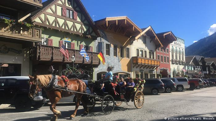 USA | Das bayerische Dorf Leavenworth in den USA (picture-alliance/dpa/U. Wessels)