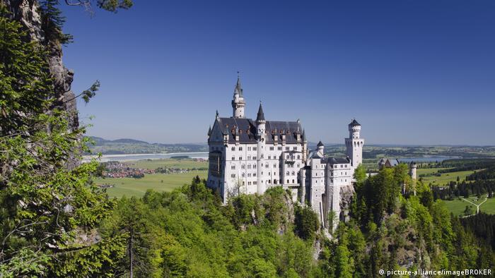 Deutschland | Schloss Neuschwanstein (picture-alliance/imageBROKER)