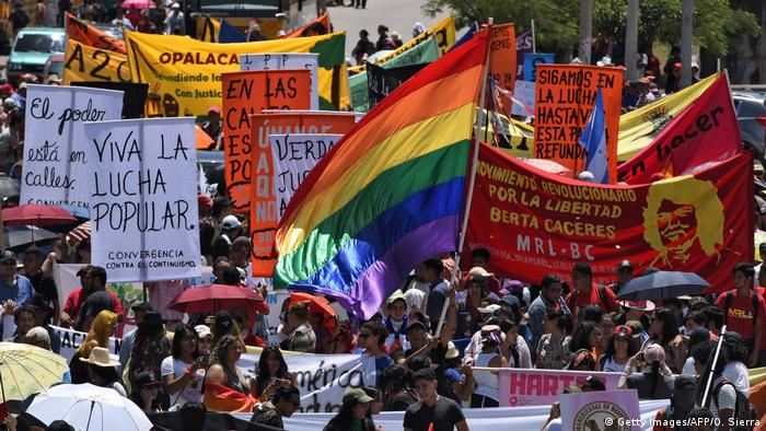 Honduras Tegucigalpa Proteste gegen Regierung (Getty Images/AFP/O. Sierra)