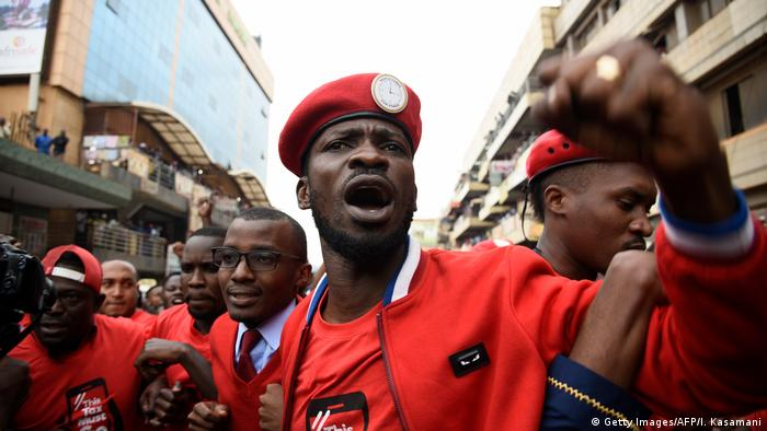 Ugandan opposition politician Bobi Wine (photo: Getty Images/AFP/I. Kasamani)