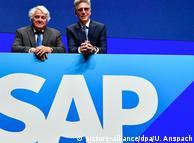 Председатель наблюдательного совета SAP Хассо Платтнер и  председатель правления компании Билл МакДермотт