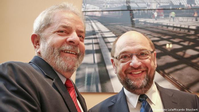Lula e Schulz durante encontro no Instituto Lula, em 2015