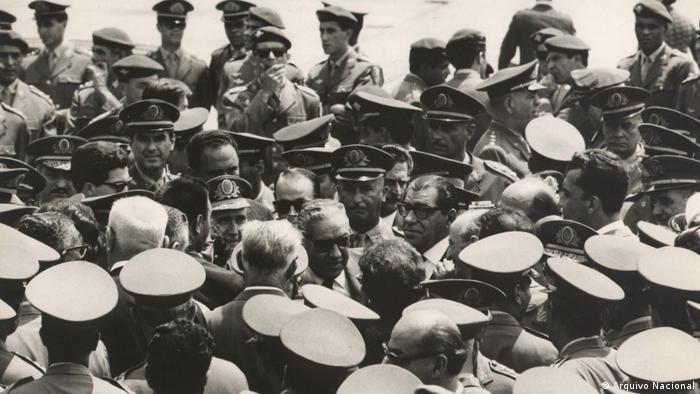 Resultado de imagem para Juíza determina que Forças Armadas não comemorem aniversário do golpe de 1964