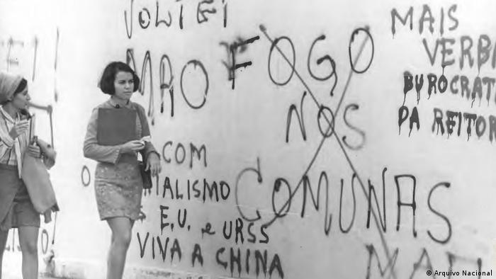 Pichações em rus no Brasil em 1968