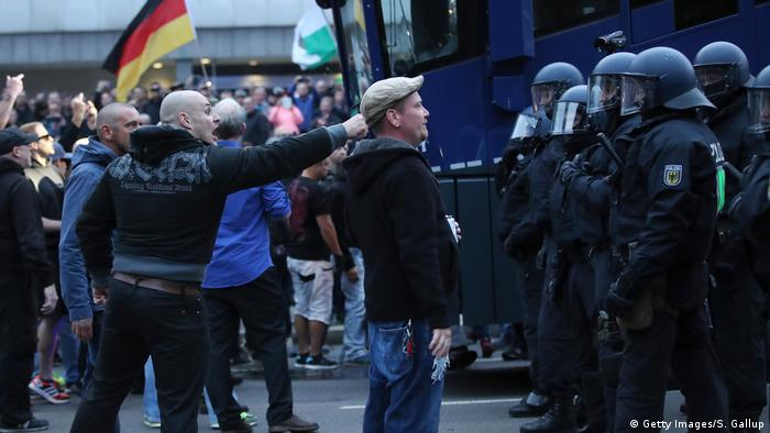 Demonstranten am 1. September in Chemnitz (Getty Images/S. Gallup)