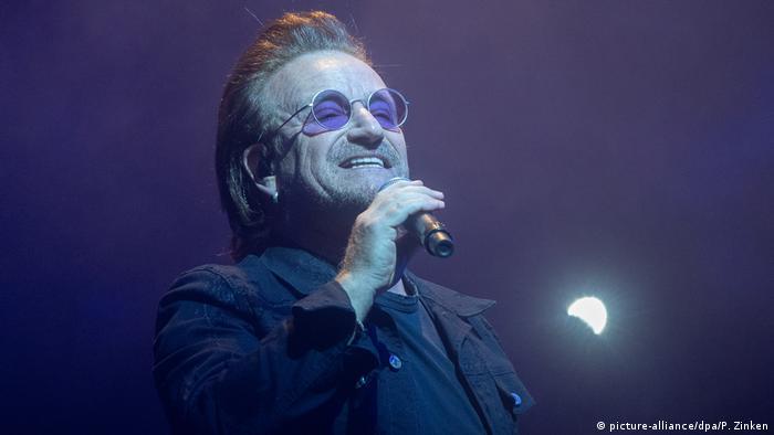 U2 singer Bono (picture-alliance/dpa/P. Zinken)