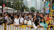 People stand in line to watch the closing ceremony of the Asian Games 2018 in Jakarta, Indonesia Location: Jakarta