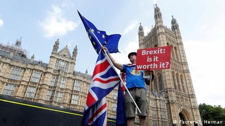 Більшість британців уже не хоче виходу з Євросоюзу - опитування