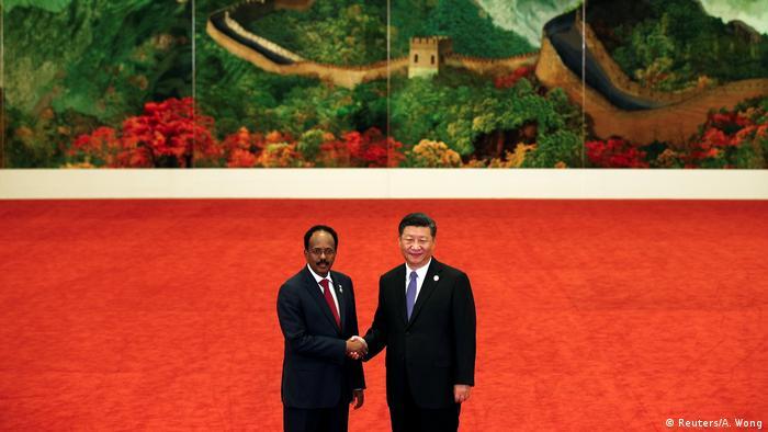 Xi Jinping and Mohamed Abdullahi Mohamed