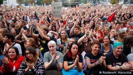 Концерт проти ксенофобії у Хемніці відвідали 50 тисяч осіб