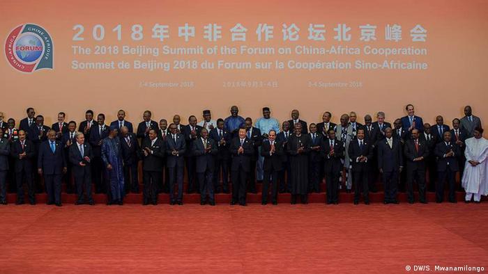 Foto de família na Cimeira China-África em Pequim, China