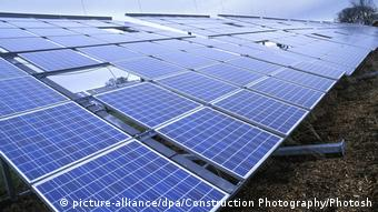 Deutschland   Solarzelle (picture-alliance/dpa/Construction Photography/Photosh)