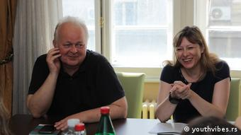 Gordana Novakovíc and Emil Holcer of Serbia's press council want to see stronger media self-regulation. (youthvibes.rs)