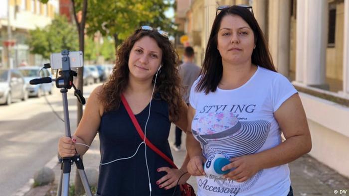 Novinarke Sanja Kljajić i Elona Elezi