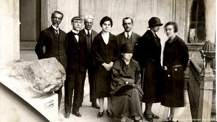 Marie Curie e Bertah Lutz no Museu Nacional, em 1926