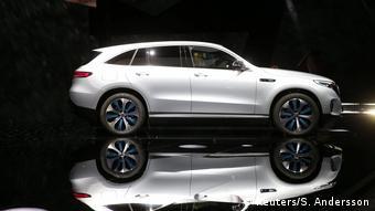 Η Daimler εναποθέτει τις ελπίδες της στο ηλεκτρικό EQC