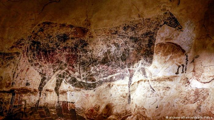 Schweiz, Genf: Höhlenmalerei in der Grotte von Lascaux (picture-alliance/dpa/N. Falco)