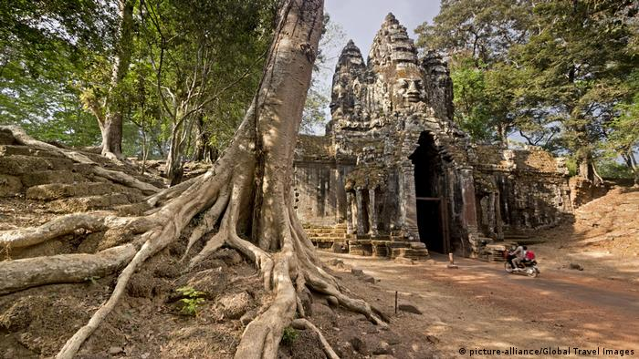 Cambodia demands Amazon end Angkor Wat toilet seat covers
