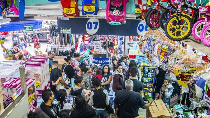 Loja em São Paulo: economia brasileira passa por momento de guinada