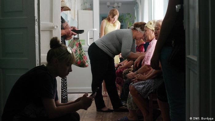 Мешканці села Преображенка Херсонської області масово пишуть заяви про забруднення повітря Кримським титаном