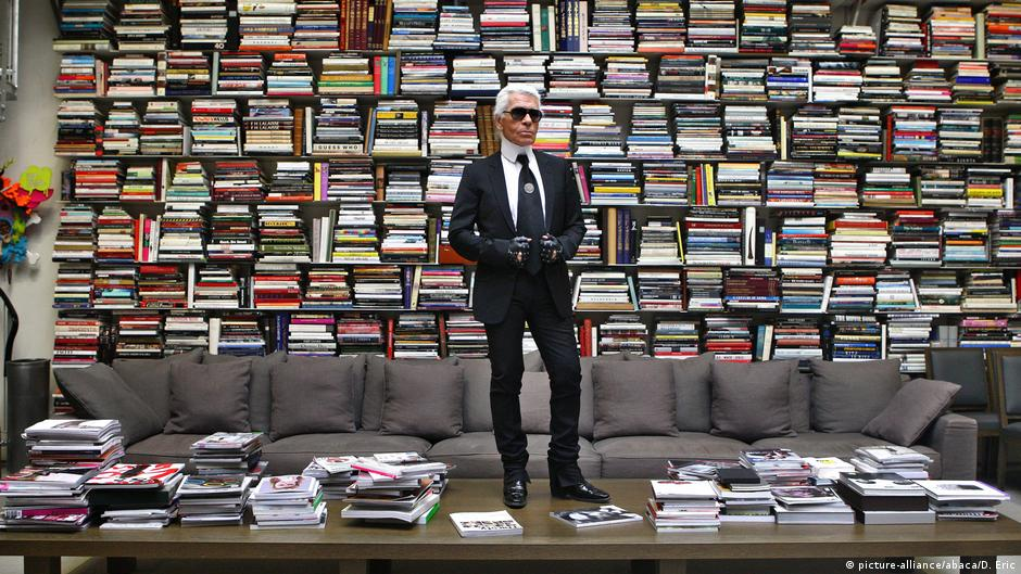 nl alman modac karl lagerfeld 85 ya nda ya am dw. Black Bedroom Furniture Sets. Home Design Ideas
