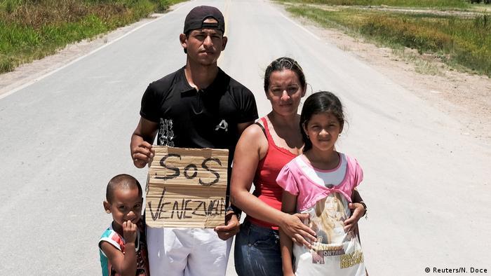 Una familia de refugiados venezolanos en Boa Vista, Brasil.