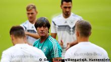 München Nationalmannschaft Training Jogi Löw