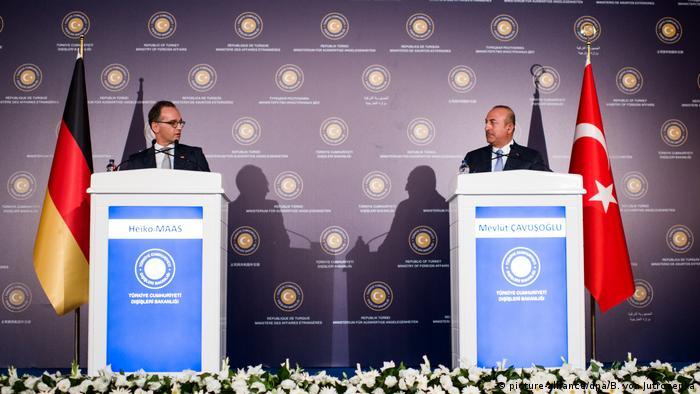 Ankara Außenminister Maas Cavusoglu (picture-alliance/dpa/B. von Jutrczenka)