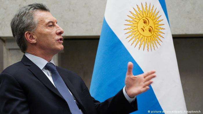 Argentinean President Mauricio Macri in front of Argentinean flag