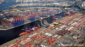 Контейнерный терминал порта Гамбурга