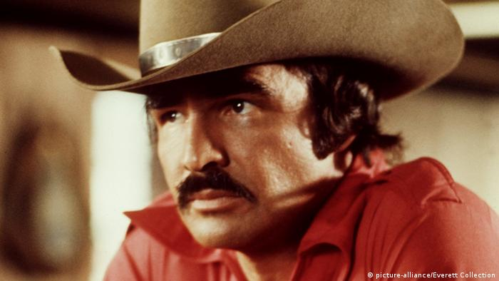 Burt Reynolds im Film Smokey and the Bandit (picture-alliance/Everett Collection)