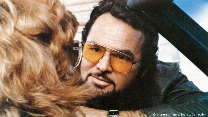 BG Burt Reynolds   Filmstill von The Man Who Loved Women (picture-alliance/Everett Collection)