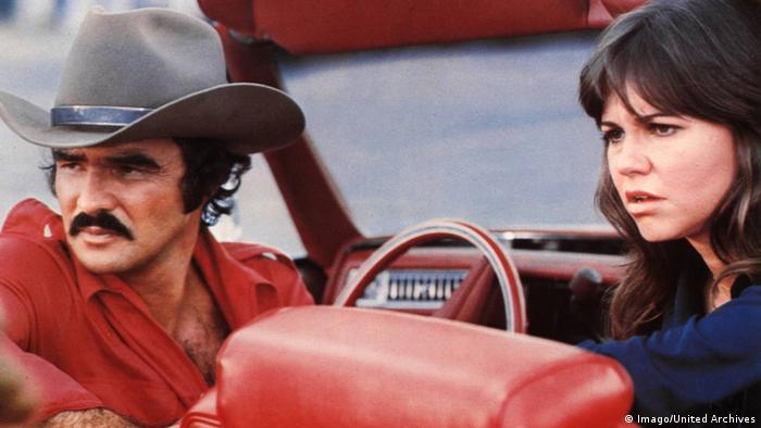 Filmszene - Ein ausgekochtes Schlitzohr mit Burt Reynolds (Imago/United Archives)