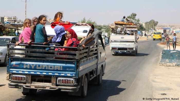 Syrien Flüchtlinge Provinz Idlib (Getty Images/AFP/A. Watad)