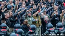 Chemnitz Demonstranten der rechten Szene