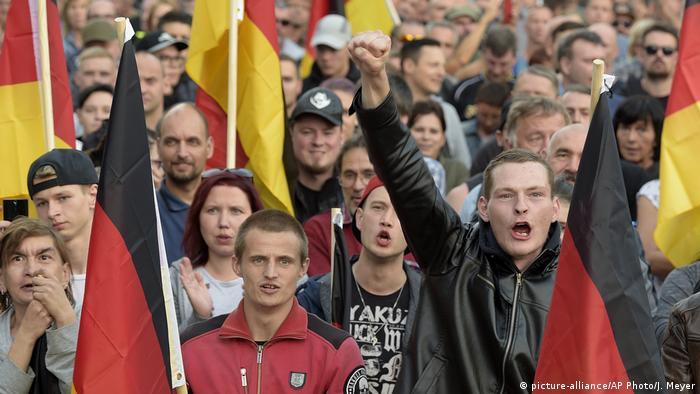Демонстрация правых экстремистов в Хемнице, сентябрь 2018 года