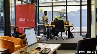 Impact Hub in Accra offers workspace for digital freelancer and startups | DW/J. Endert