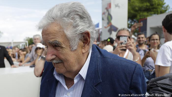 75. Filmfestspiele in Venedig Jose Mujica ehemaliger Präsident Uruguay (picture-alliance/AP Photo/K. Wigglesworth)