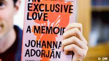 DW Kultur 100 gute Bücher | 100 German must-reads | An Exclusive Love, by Johanna Adorján