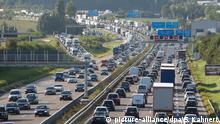 Deutschland Verkehr Autobahn 8 bei Stuttgart