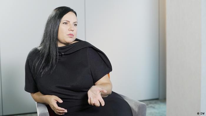 Polen Warschau - Nemtsova Interview mit der Rechtsanwältin Iryna Biruykowa (DW)